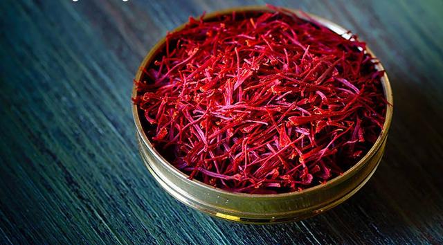 مشکلات عمده ی صادرات زعفران